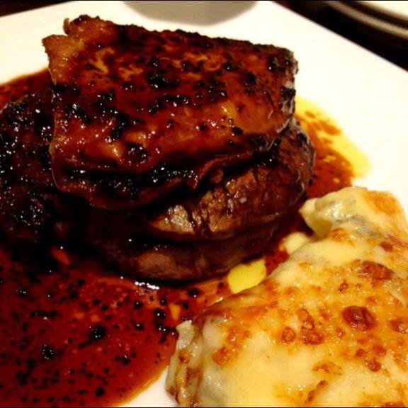 世界三大珍味「フォアグラ」の基本からおいしいレストランまで。究極まとめ♪