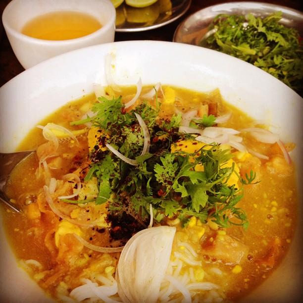 食べたらハマる『ミャンマー料理』インドと中国の良いとこ取り♡
