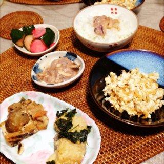 豆腐そぼろ、厚揚げの味噌炒め、塩辛、漬物。