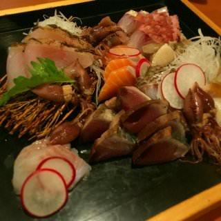 北海道に帰ってきた友人のおかえりなさい会! 珍しく魚がたくさん。オジサン。
