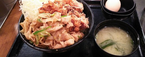 伝説のすた丼屋 ヨドバシ梅田店