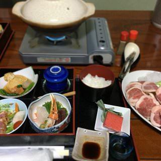 昨晩の宿の夕食(1) 鴨鍋御膳