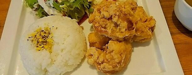 Hawaiian dining&cafe Hula