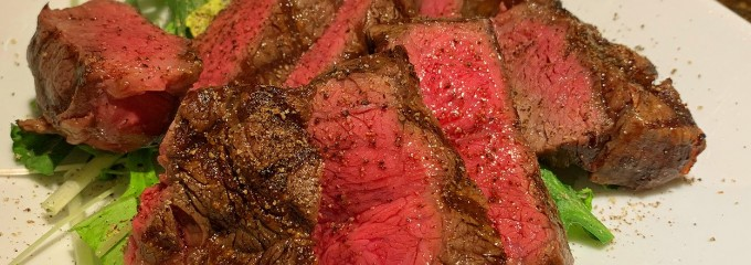 新宿自家製スモークと和牛テール料理ease