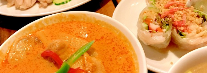 料理全品680円均一 タイ国屋台食堂 西新宿ソイナナ