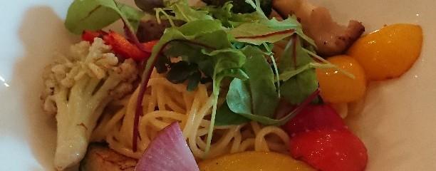 野菜が美味しいダイニングLONGING HOUSE 神宮前・原宿
