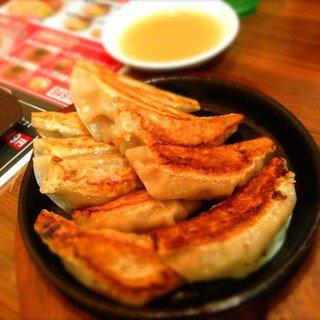 大阪なにわの餃子は、旨くてやめられへん!人気のおすすめのお店ランキング