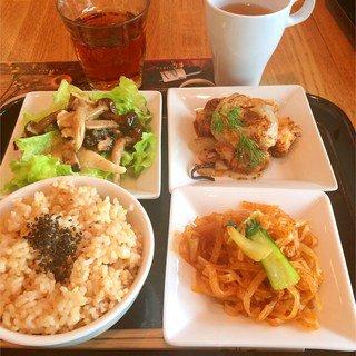 ひとりご飯でも温かい!横浜の定食・食堂おすすめ人気店ランキング