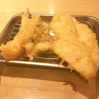 ひとりでもOK!福岡 天神ランチ!安くておいしいおすすめ人気店ランキング!